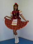 Украинский костюм для девушки . Размер 42. Юбка, блузка, жилет, головной убор. Прокат 1000 рублей.